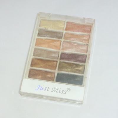 Review: Just Miss Eyeshadow Palette 12 Warna ES-218