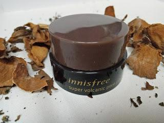 Review masker Innisfree super volcanic pore clay (Innisfree Jeju)