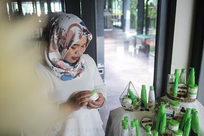 Hijrah Bersama Aishaderm Kosmetik Sahabat Muslimah