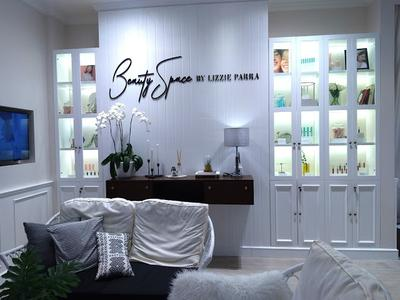 Main-main Ke Beauty Space By Lizzie Parra