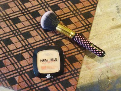 REVIEW LOREAL INFALLIBLE PRO MATTE POWDER