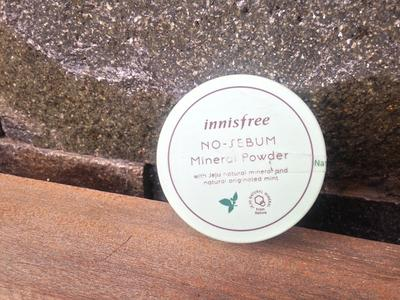 REVIEW: INNISFREE NO SEBUM MINERAL POWDER