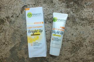 [REVIEW] GARNIER LIGHT COMPLETE BRIGHT UP TONE UP CREAM