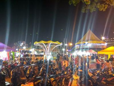Blog M Kencan Bersama Pasangan Halal ke Pasar Malam