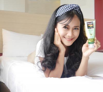 Review Sabun Pembersih Wajah, Herborist Facial Foam Tea Tree Anti Acne