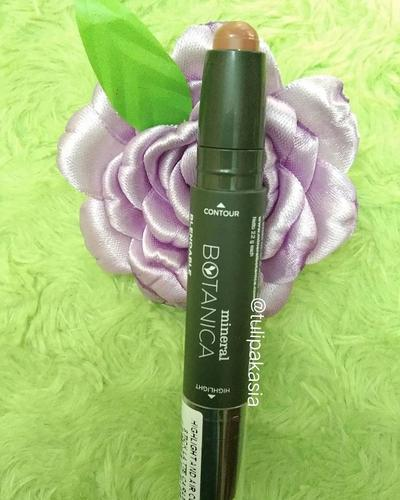 Mineral Botanica Highligh and Contour