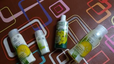 Review SARIAYU MARTHA TILAAR Acne series