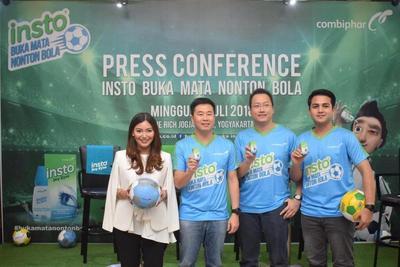 Insto edukasi Pecinta Bola tentang Gejala Mata Kering melalui Insto Buka Mata Nonton Bola
