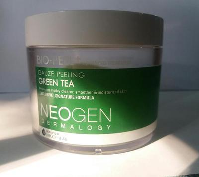 Neogen Bio-Peel Greentea: Eksfoliasi untuk Kulit Sensitif