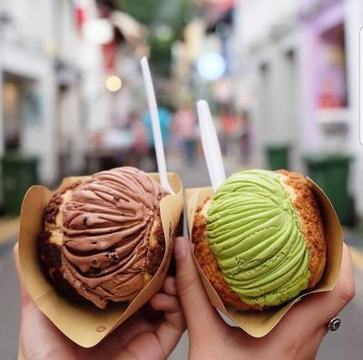 Cuaca Panas? Segarkan Harimu dengan Ice Cream Puff, Yuk!