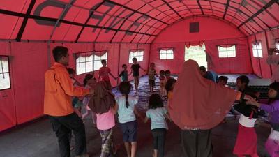 Sekolah Darurat di Lombok