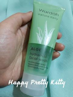 Review: Wardah Nature Daily Aloe Hydramild Facial Wash