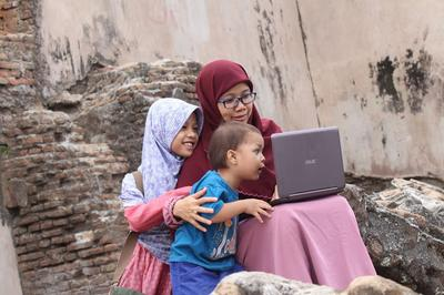 Emak-Emak Ngeblog? Ga Salah Kok