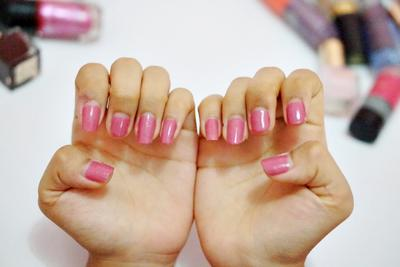 Paint Your Nails Perfectly At Home !