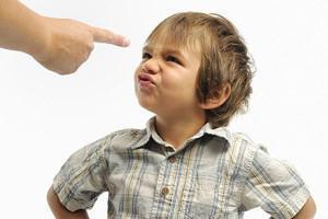 Mom Memiliki Anak Bandel? Jangan Panik. Lakukan 5 Cara Berikut Ini