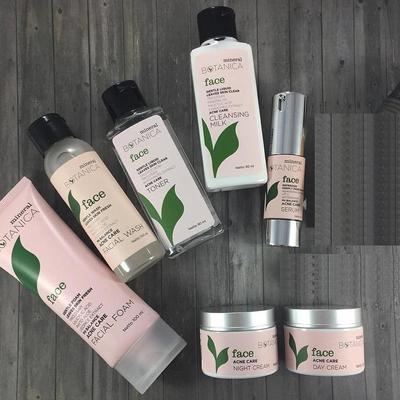 Caraku Atasi Bruntusan dengan Mineral Botanica Acne Care