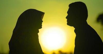 Tips agar hubungan selalu romantis dan langgeng