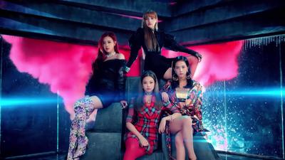 "Yuk! Intip Outfit MV ""DDU DU DDU DU"" BLACKPINK"