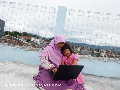 Saya, Blogging dan Tren Blog di Indonesia