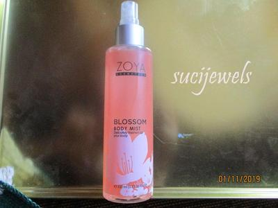 review: zoya -blossom body mist