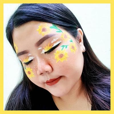 [21/02/2019] . Holla... I'm back... . 🌻Sun Flower🌻 . #selvinamakeup_ #beautyranger #beautygoersid #setterspace #indobeautysquad #beautysociety #beautybloggerindonesia #medanbeautygram