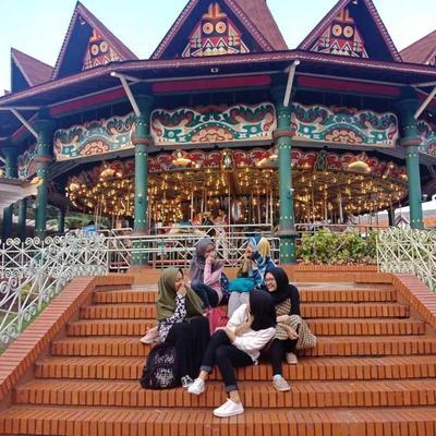 Pengalaman pertama naik Transjakarta