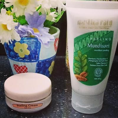 Review Peeling Cream Mustika Ratu vs Viva