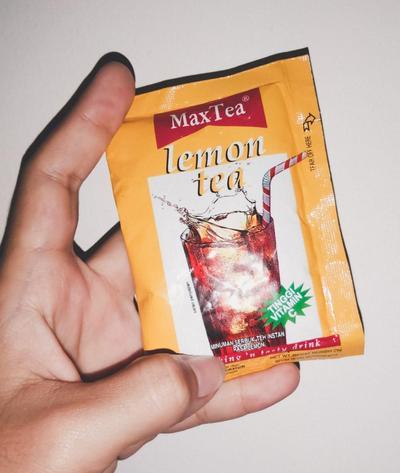 "Kulit bersih hanya dengan ""Lemon Tea"" sachet"