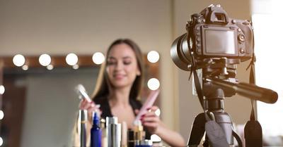 Perlukah Makeup Artist Menguasai Hairdo dan Fotografi?