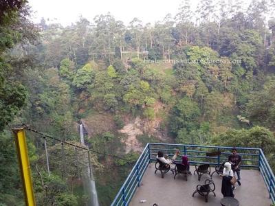 Air Terjun Pelangi atau Curug Cimahi, Bandung Barat