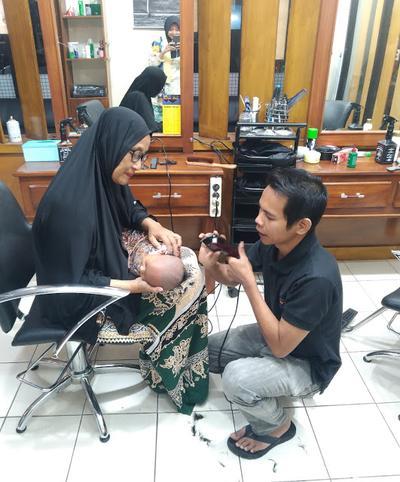 Saga Potong Rambut Pertama Kali